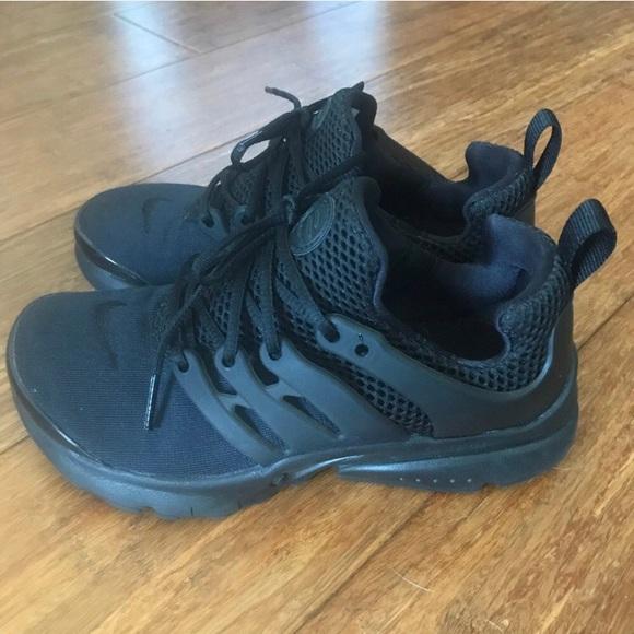 8dde154b11 Little Kids Nike Presto Sneakers. M_5af5024745b30c825bb1543c